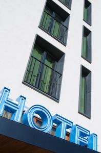 1341162_hotel_fasade_3
