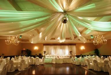 6 Pieces Of Wedding Decor At The Estate Wedding Venue
