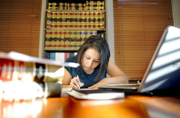 How To Get Into A Career As A Legal Researcher For A Legal Company