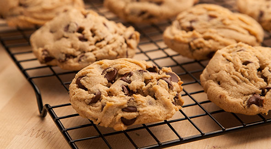 Easy and Delicious Recipe Of Cookies To Enjoy With Hot Chocolate