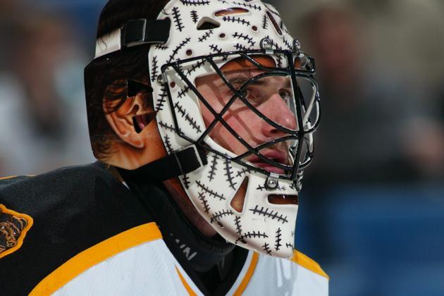 How To Buy The Best Hockey Goalie Helmet?