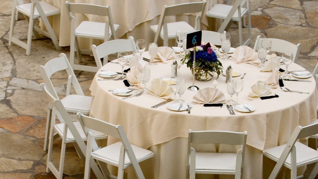 Choose Linen Hire Services For Your Business