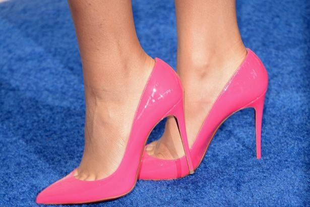 Tips On How You Can Wear Those High Heels More Comfortably