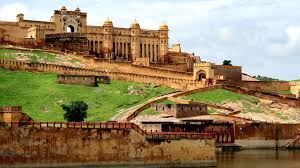 Jaipur, Drawing Masses Of Tourists Every Year