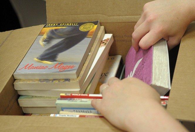 Pack Books