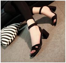 walk-elegantly-with-glamorous-collection-of-heels4