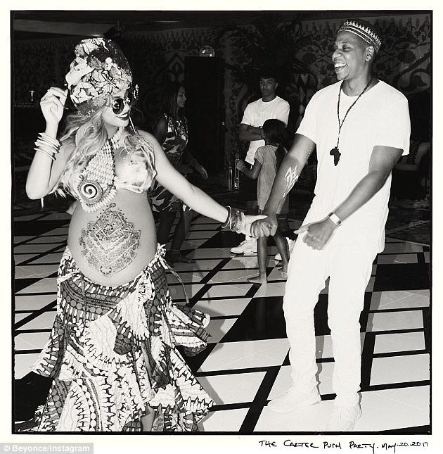 Beyonce And Jay Z All Loved Up At Their Ankara-themed Baby Shower
