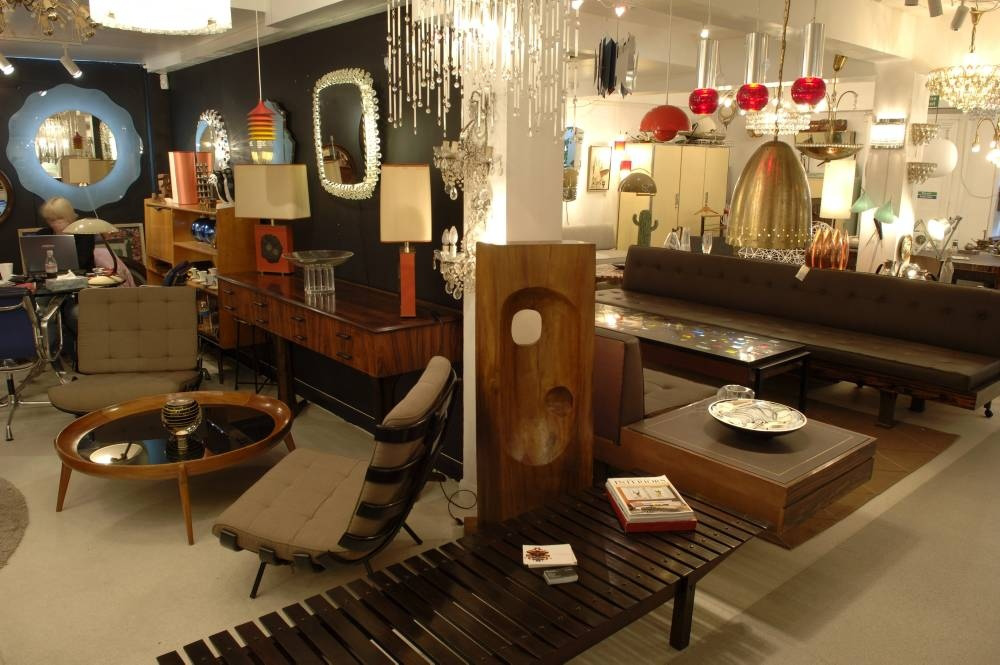 Impeccable Place To Buy Incredible Vintage Furniture Online!