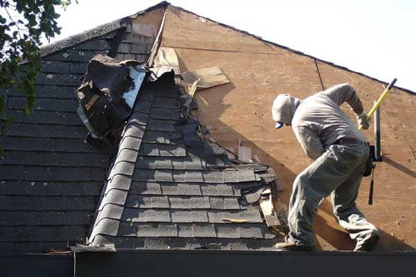 5 Signs When It's Time For Roof Replacement