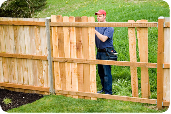 5 Reasons You Need To Repair Your Wooden Fence Immediately