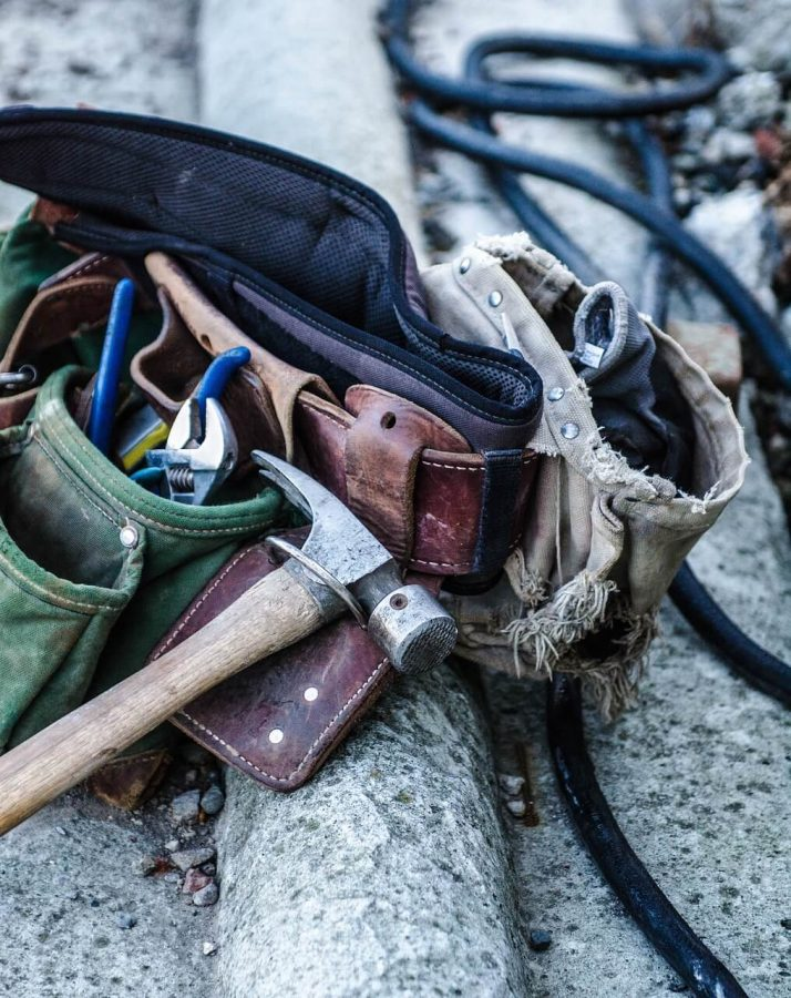 4 Signs You Should Hire A Handyman