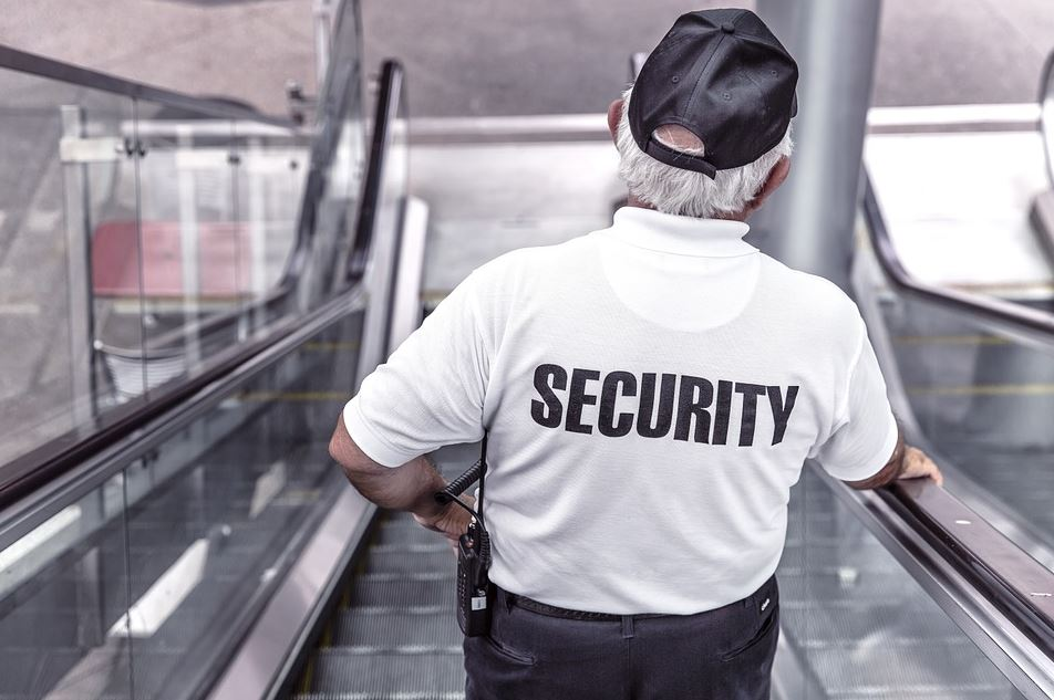 Does Your Small Business Need Security Guards? 4 Questions To Keep In Mind
