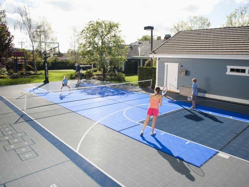 Building Your Own Backyard Tennis Court