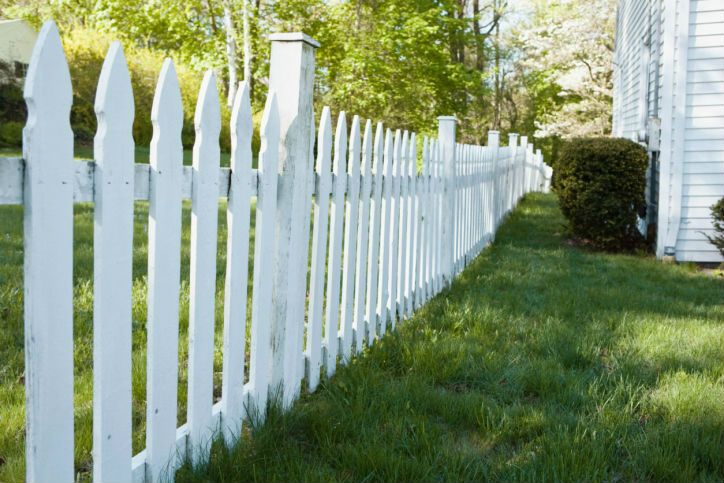 Few Critical Qualities To Look For In A Reliable Fence Company In Sherwood