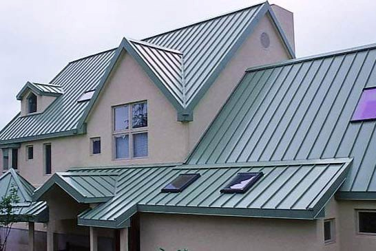 Hiring A Metal Roofing Contractor: Four Important Questions Stand Out