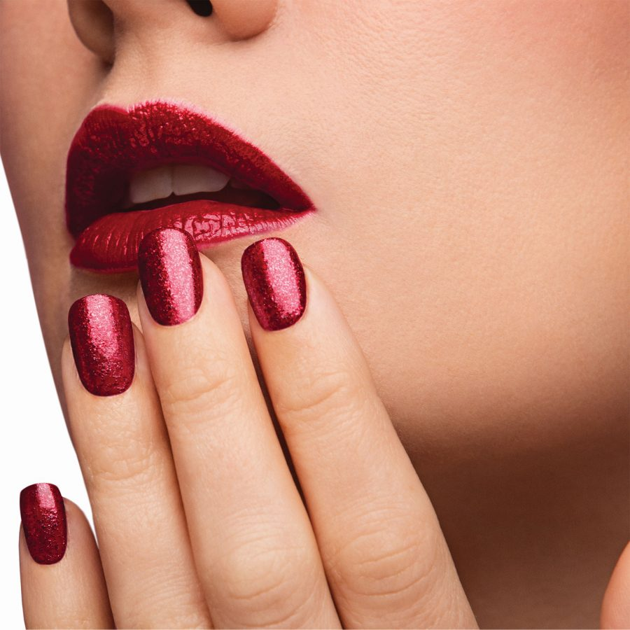 THINKING OF DOING GEL NAILS YOURSELF? HERE'S A LIST OF GEL NAILS SUPPLIES YOU'LL NEED
