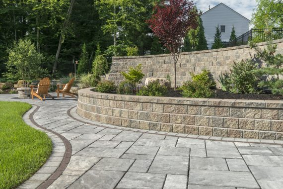 Keep The Aesthetics Of Your Retaining Wall By These Maintenance Tips