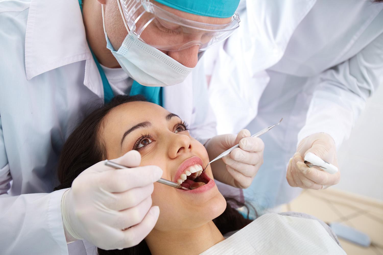 Wisdom teeth extractions Miami